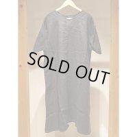 【AUGUSTE PRESENTATION Pajama Look(パジャマルック)】半袖リネンVネックワンピース/BLACK